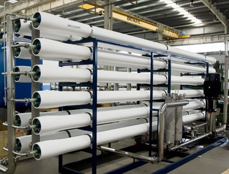 纯净水设备-纯净水设备的组成和特点