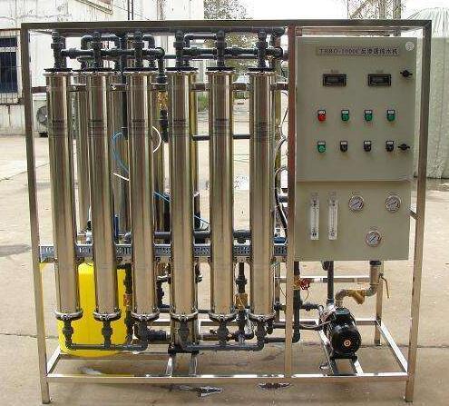 超纯水设备工艺设计好、集成化程度高,适用的领域范围广