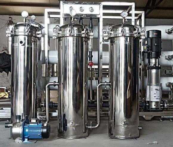 采购超纯水设备时更多的是关注设备的价格与出水的水质