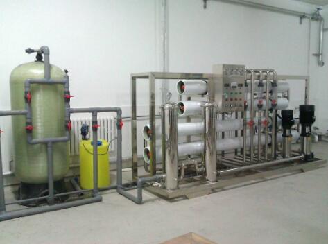 超纯水设备如何清洁?